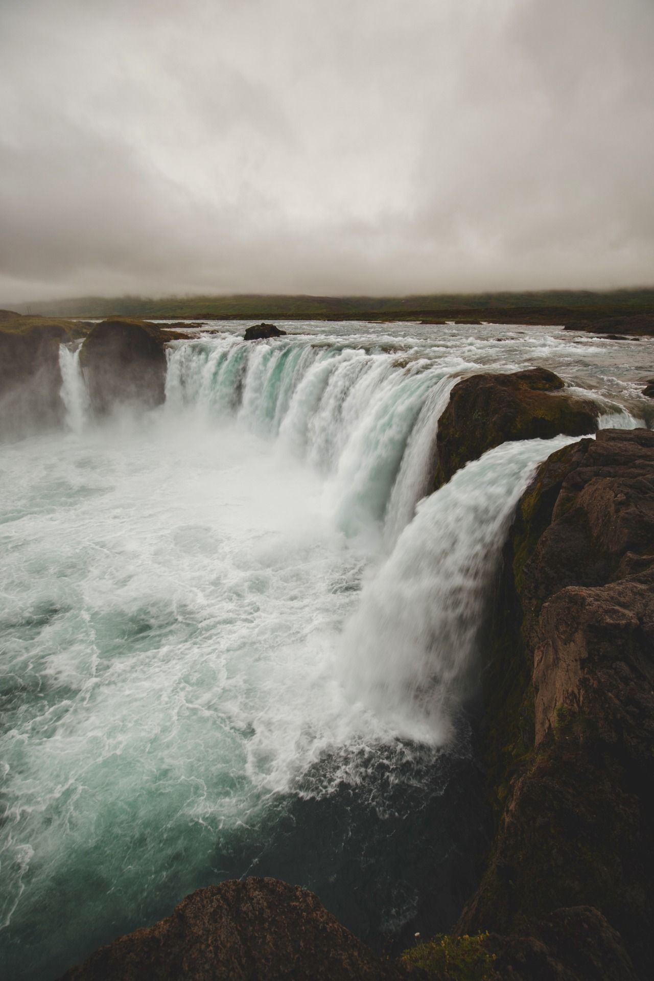 Consistent change - #(source) #godafoss #iceland #landscape #meolog #on #photographers #tumblr #waterfall?
