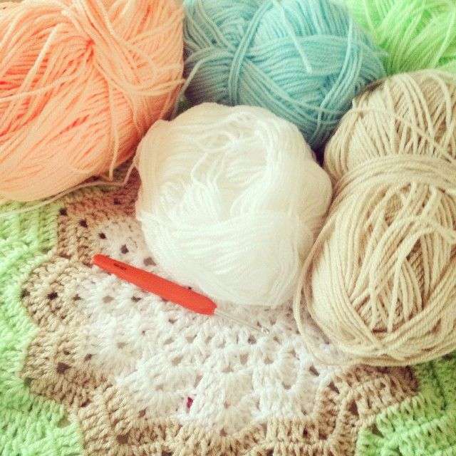 Crochet Inspiration: Ripple Star Blankets (27 Patterns and Photos ...
