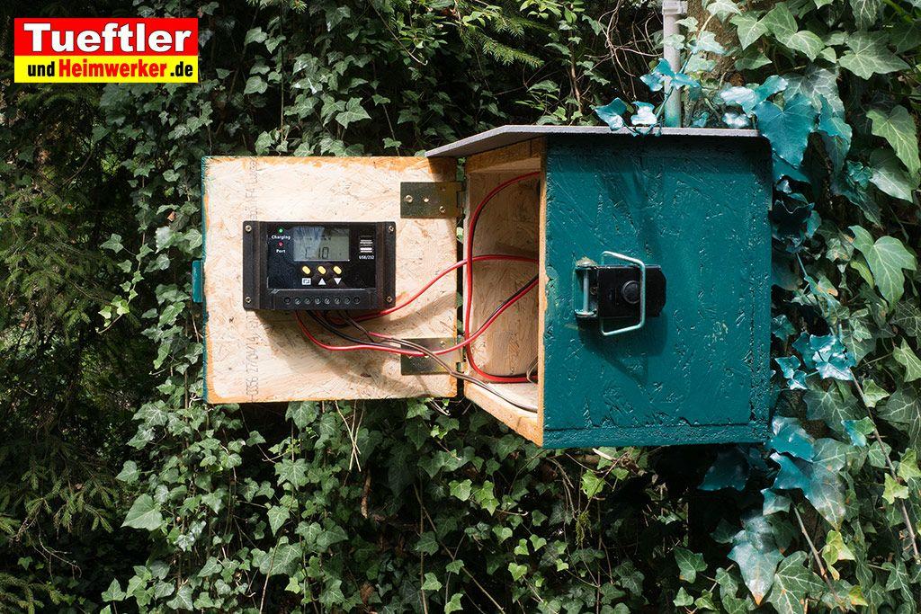 In Dem Kleinen Diy Projekt Zeige Ich Euch Wie Man Ein Solarmodul Bzw Solarpanel Mit Einem Laderegler Und Akku Im Gart Uberwachungskamera Solar Haus Und Garten