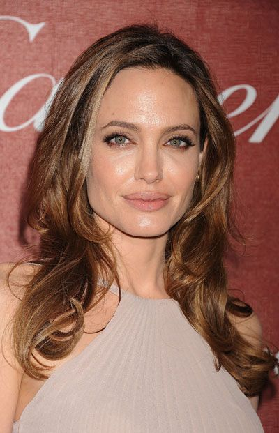 Speaking Of New Hair Colors What Do You Think Of Angelina Jolie S Lighter Hue Light Hair Color Angelina Jolie Hair Hair Color Light Brown