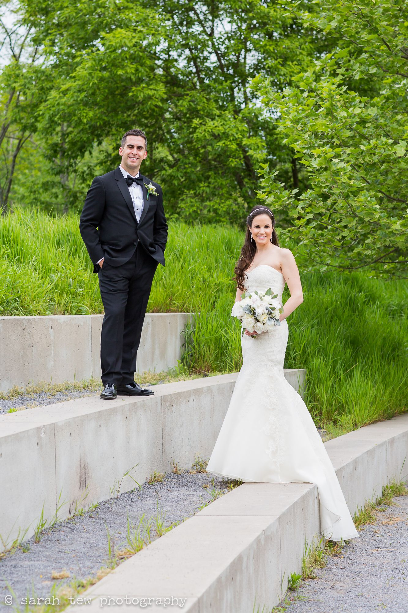 May Wedding at The Roundhouse at Beacon Falls © Sarah Tew Photography @rhbeacon, @exquisitebride, @colehaan, @ericamua, @dessygroup, @TheBlackTux,