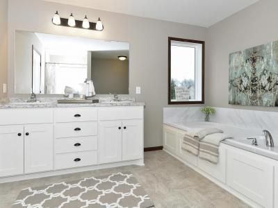 Bath Photo Gallery | Custom Homes in Minneapolis MN | Capstone Homes