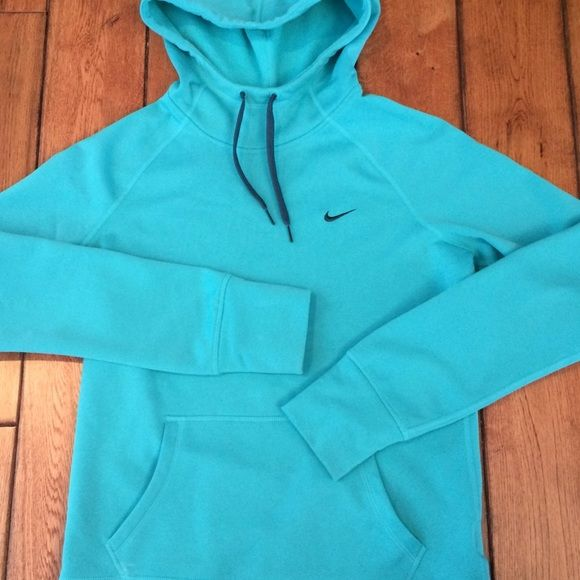 Nike Therma-Fit Sweatshirt Excellent condition teal Nike sweatshirt.  Size small. Nike Tops Sweatshirts & Hoodies