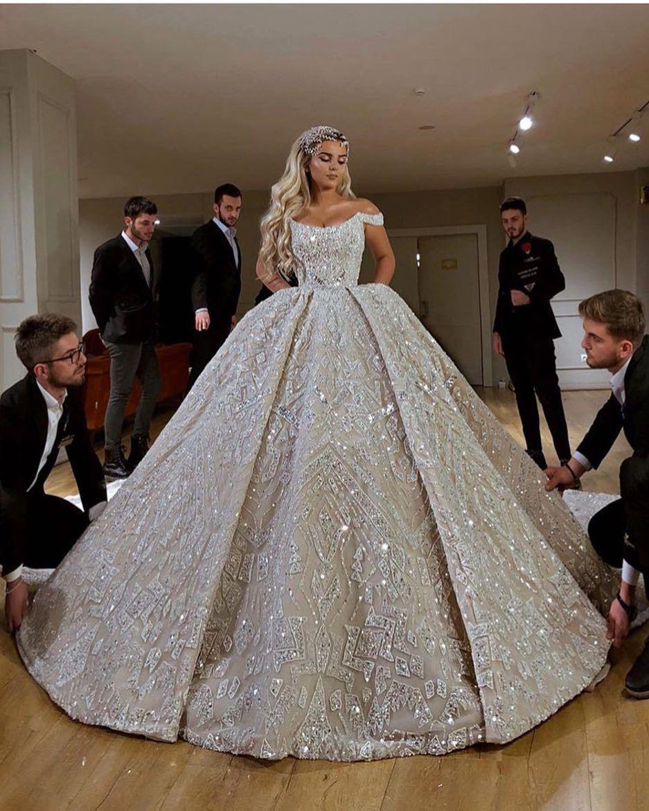 Vintage Glam Wedding Gown Idea Elegant Fit And Flare Wedding