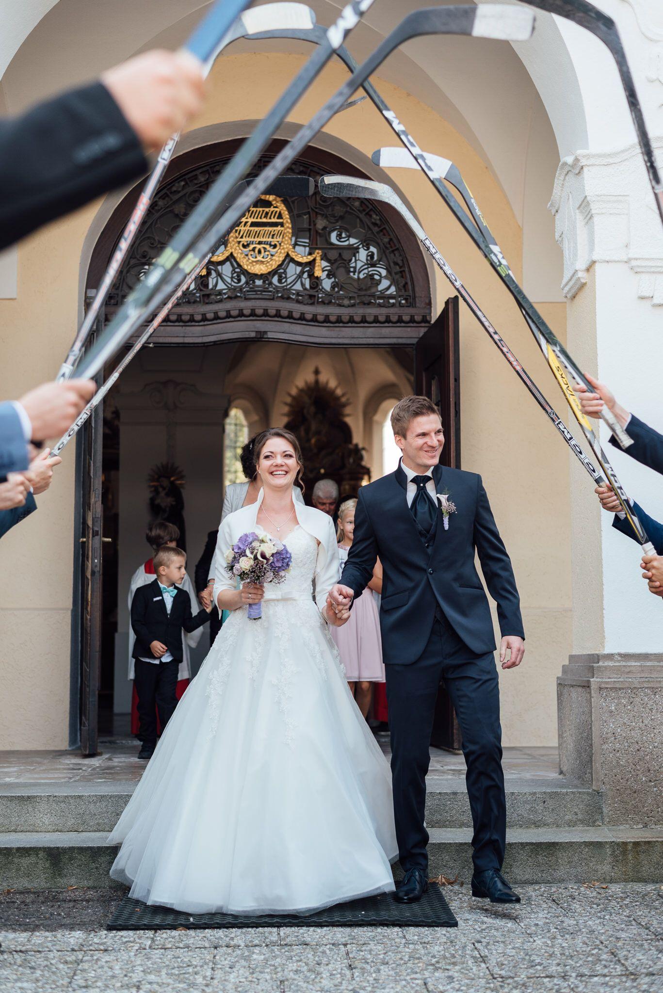 Eishockey Hochzeit Spalier Bei Hochzeit Hochzeit Spalier Hochzeitsfotograf Hochzeit Berlin Spalier Hochzeit