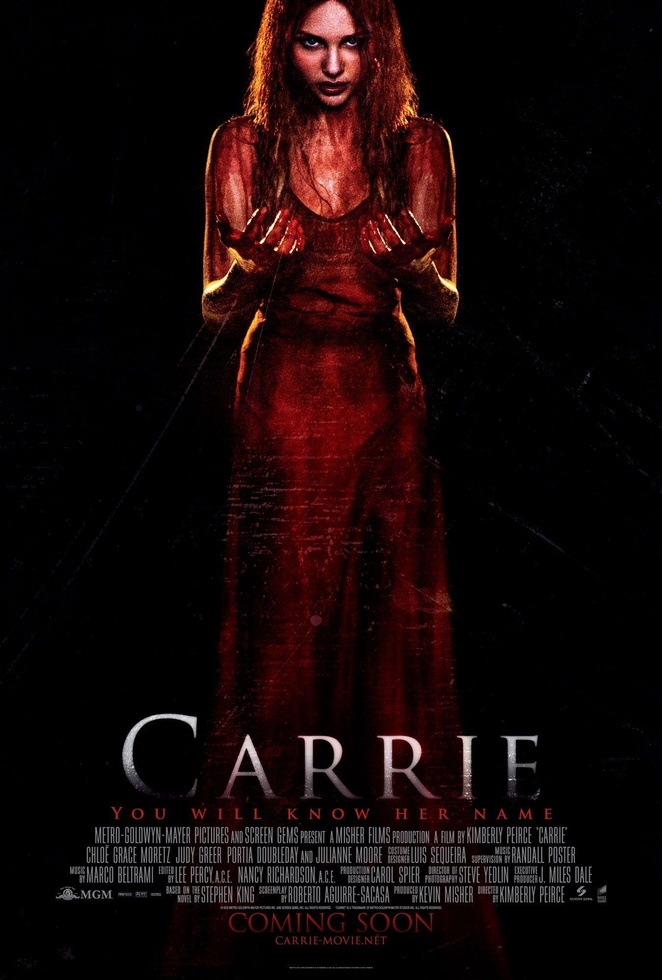 Carrie Otra Fatal Película De Terror Si Quieres Seguir Viendo Películas Decepcionantes No T Ver Pelicula De Terror Horror Movie Posters Peliculas De Terror