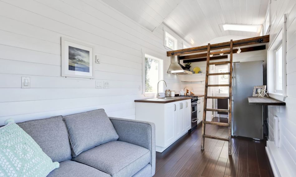 A beautiful, 204 sq ft custom home from the Mint Tiny House Company ...