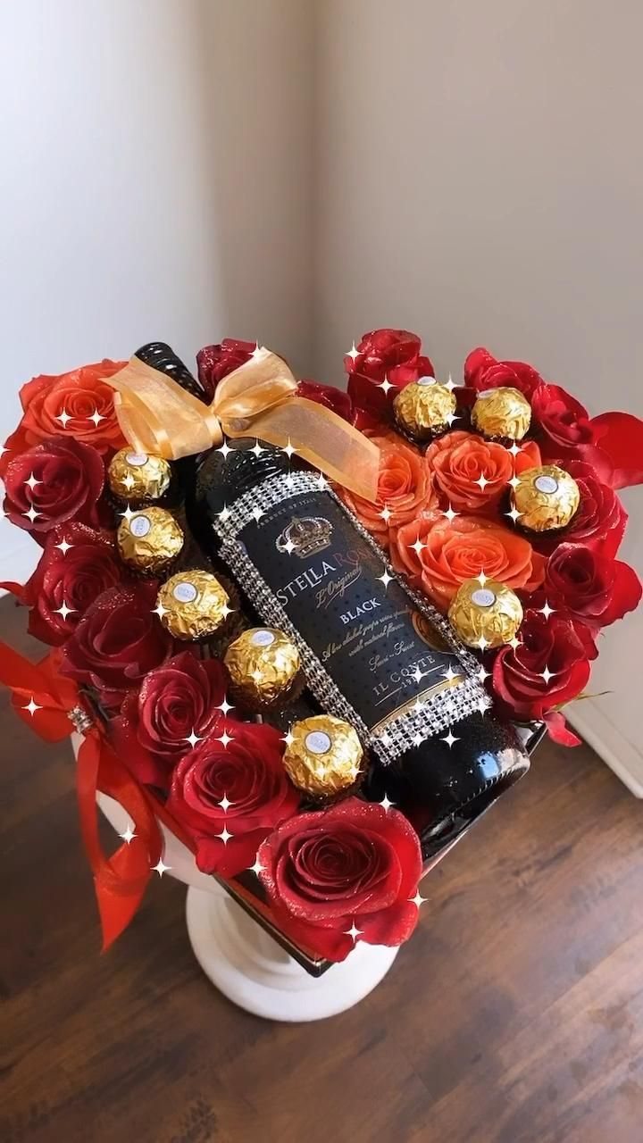 Roses Arrangements Stella Rosa Instagram Rosesandbeyomd Follow Us Video In 2020 Wine Gift Box Ideas Flower Box Gift Strawberry Gifts