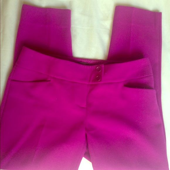 Limited purple fuchsia cropped skinny pant Worn once or twice The Limited Pants Ankle & Cropped