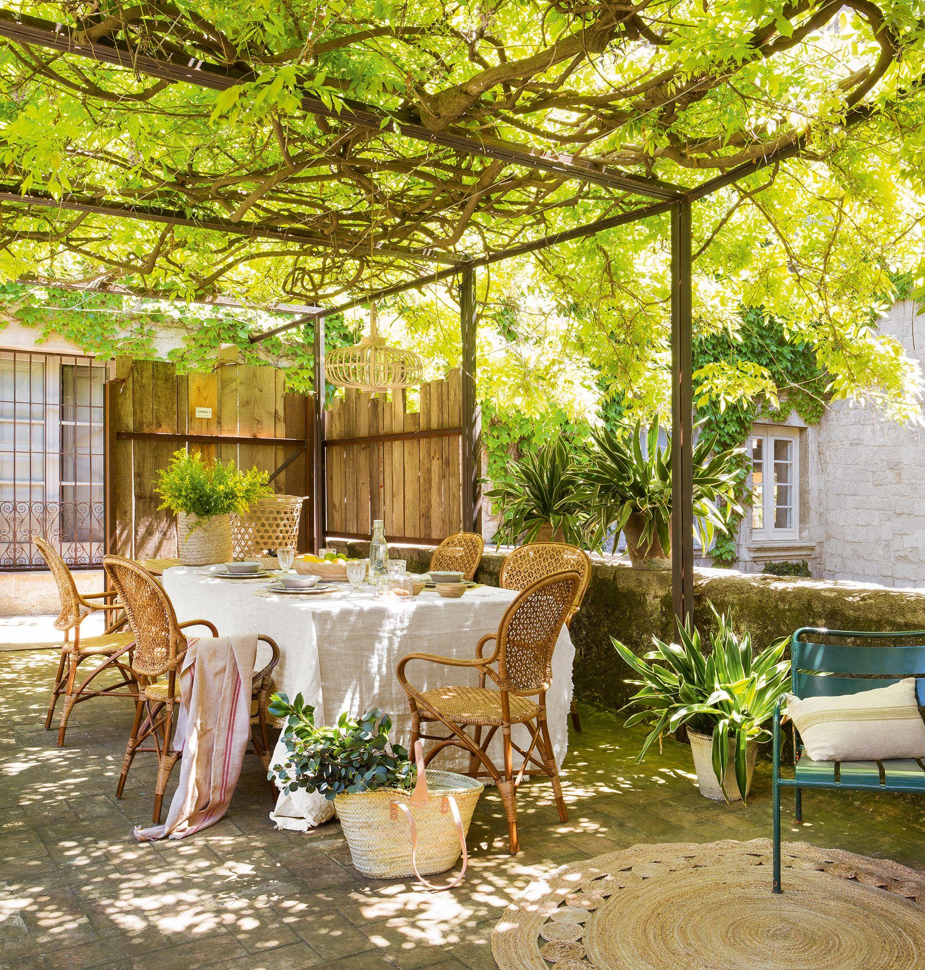 Comer En El Campo Outdoor Decoraciones De Jardín