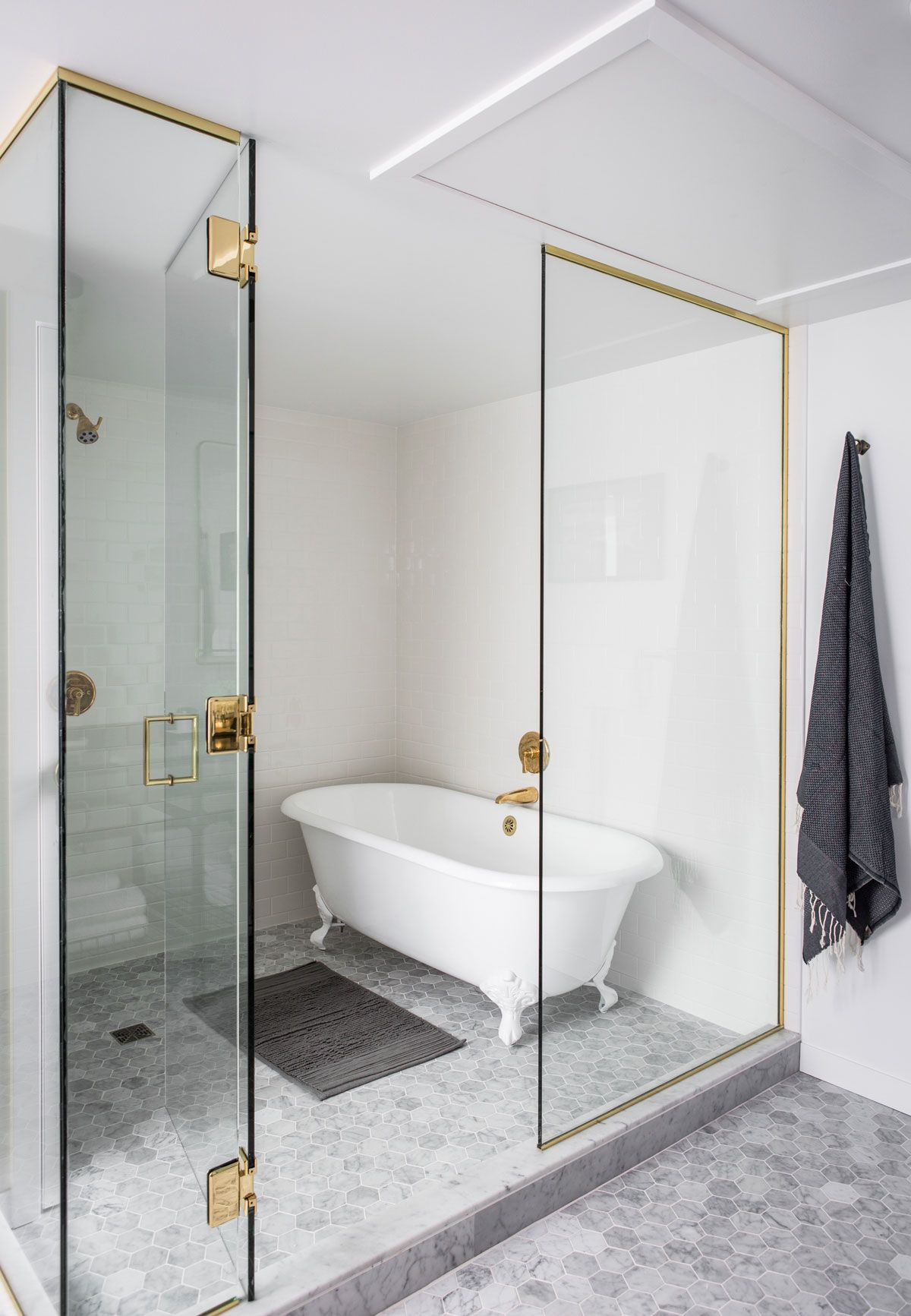 The Palladian Brings Casual Glamour to Seattle | Rue | Bathroom ...