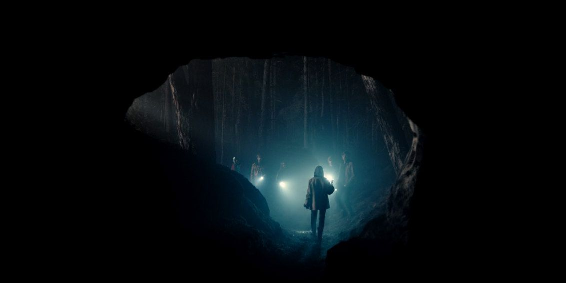 Dark Netflix Dark Netflix Dark Netflix Series The Haunting Of Hill House Dark netflix cave wallpaper