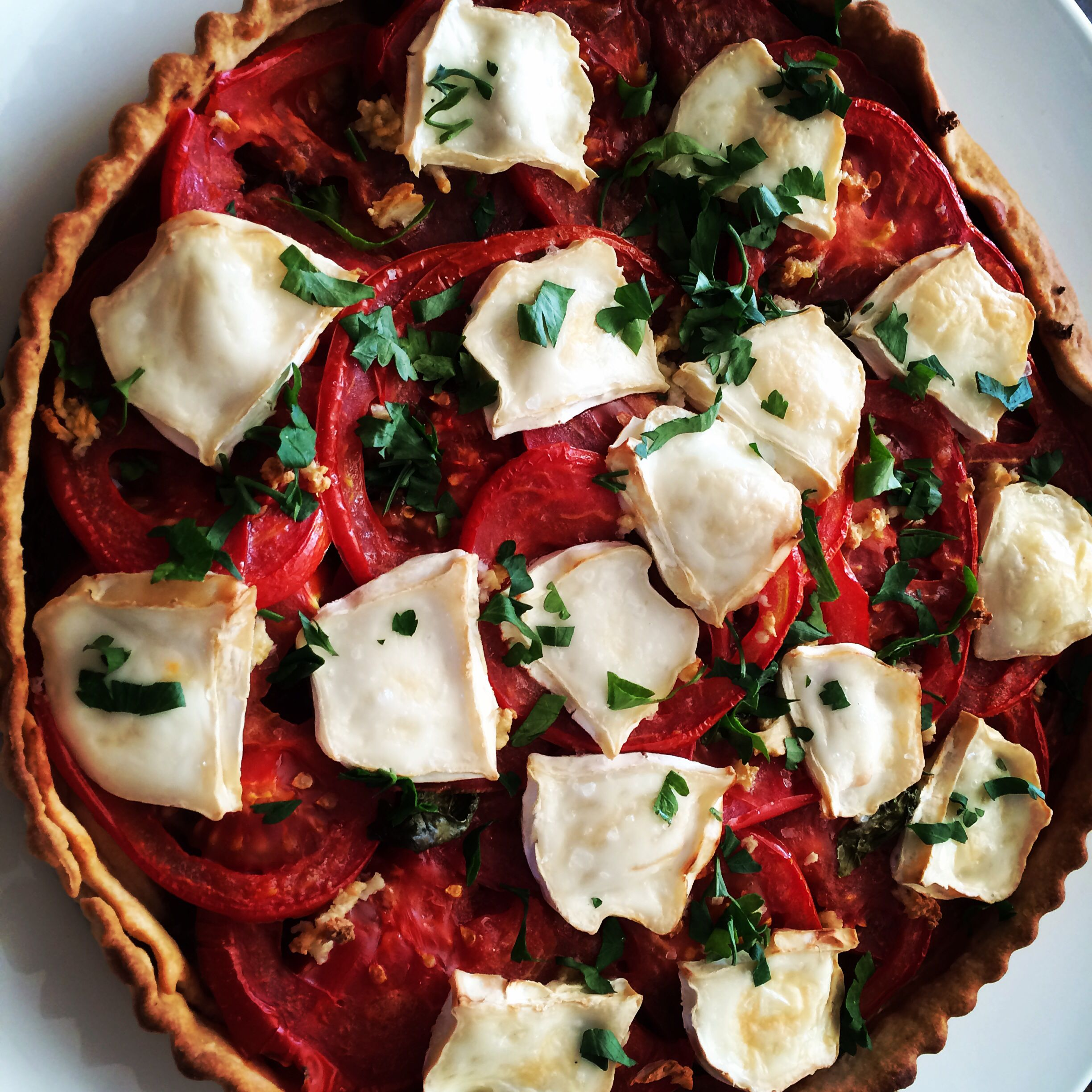 Caramelised onions, vine tomatoes and goats cheese tarte