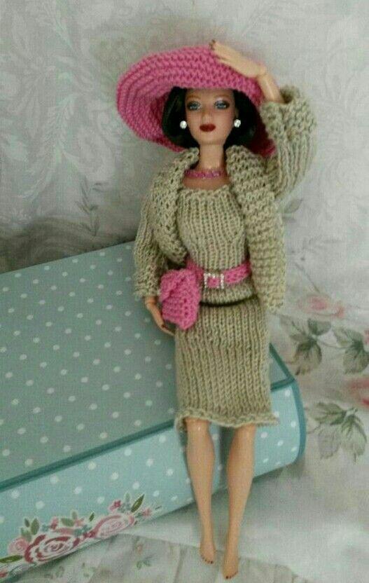 Pin von Patricia Angeletti auf Barbie Knitting patterns   Pinterest ...