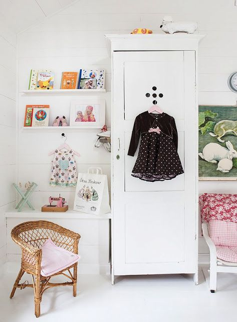 LOVELY PLAY CORNERS