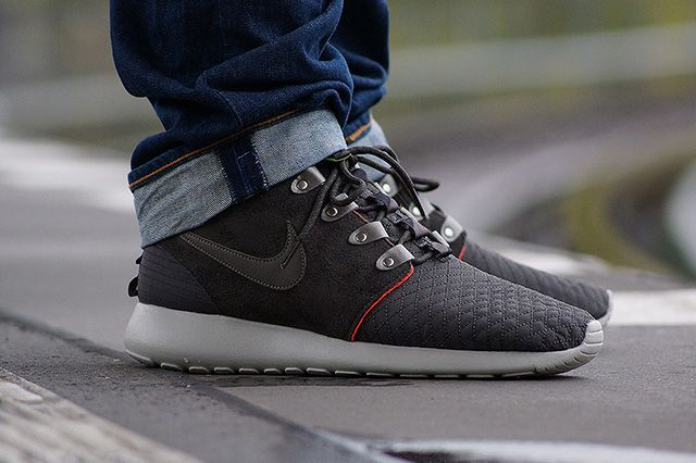 nike roshe run sneaker boot black safari shirts