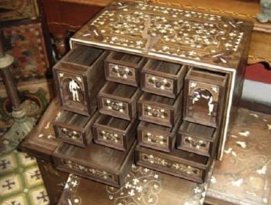 Resultado de imagen de muebles muebles antiguos de Alemania