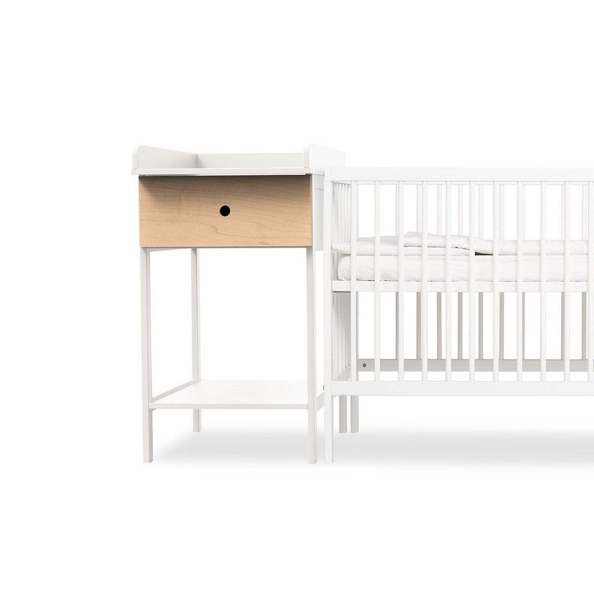 moKee Mini Changer in White | Little Dude\'s Nursery | Pinterest ...