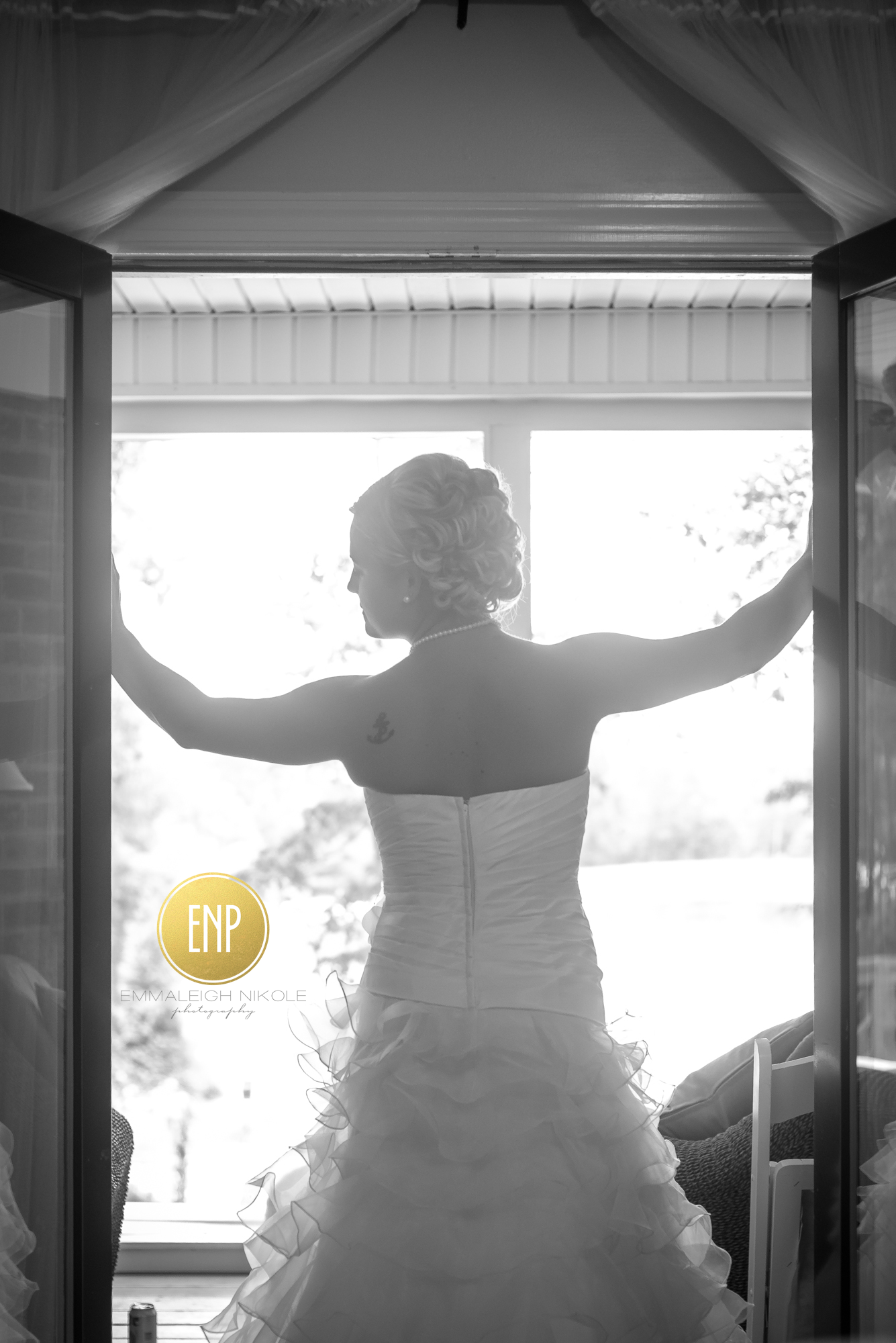 Emmaleigh Nikole Photography Bridal Portraits Silhouette Glow The Oaks Events - Midland, NC