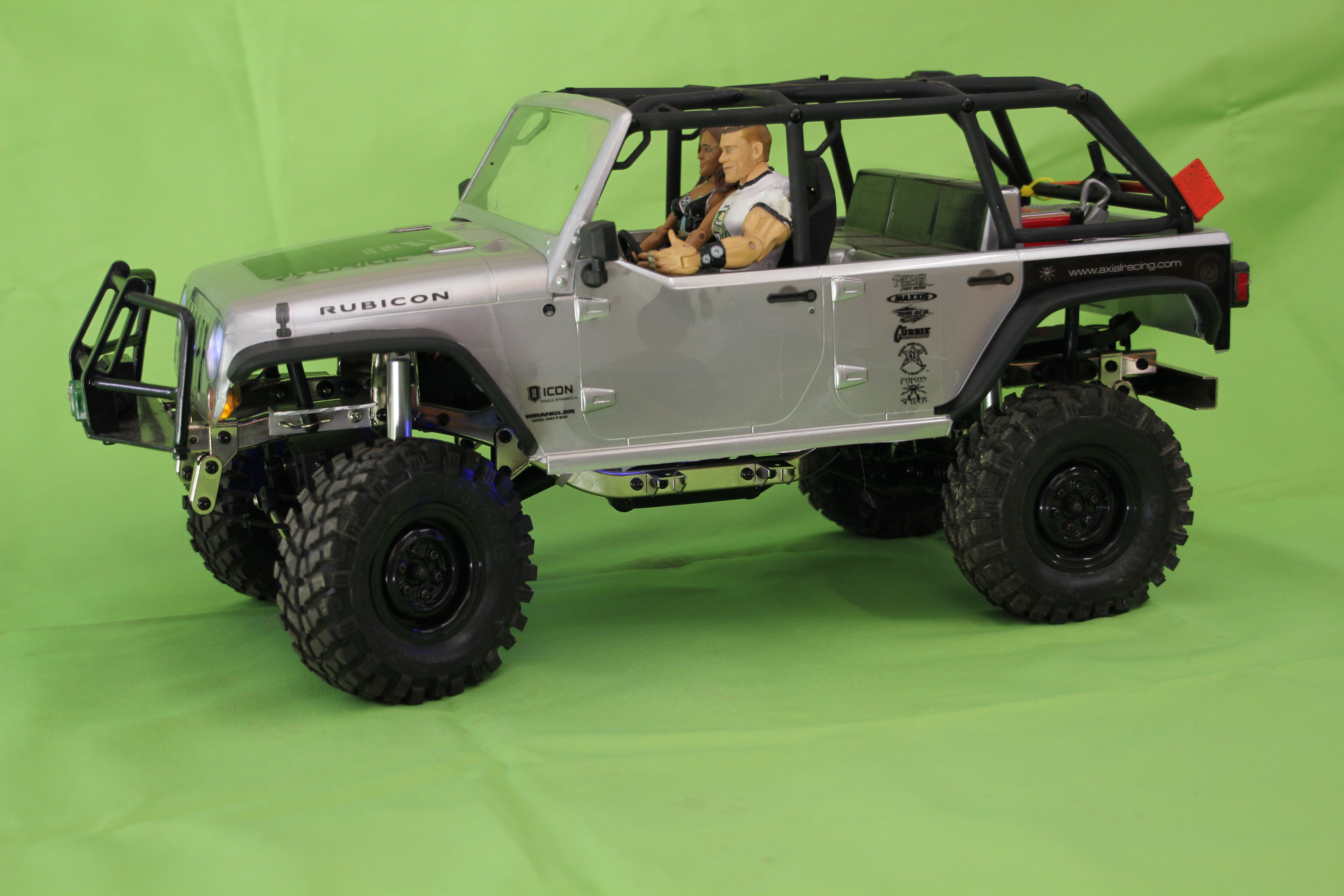 RC Jeep Rubicon with Wraith interior