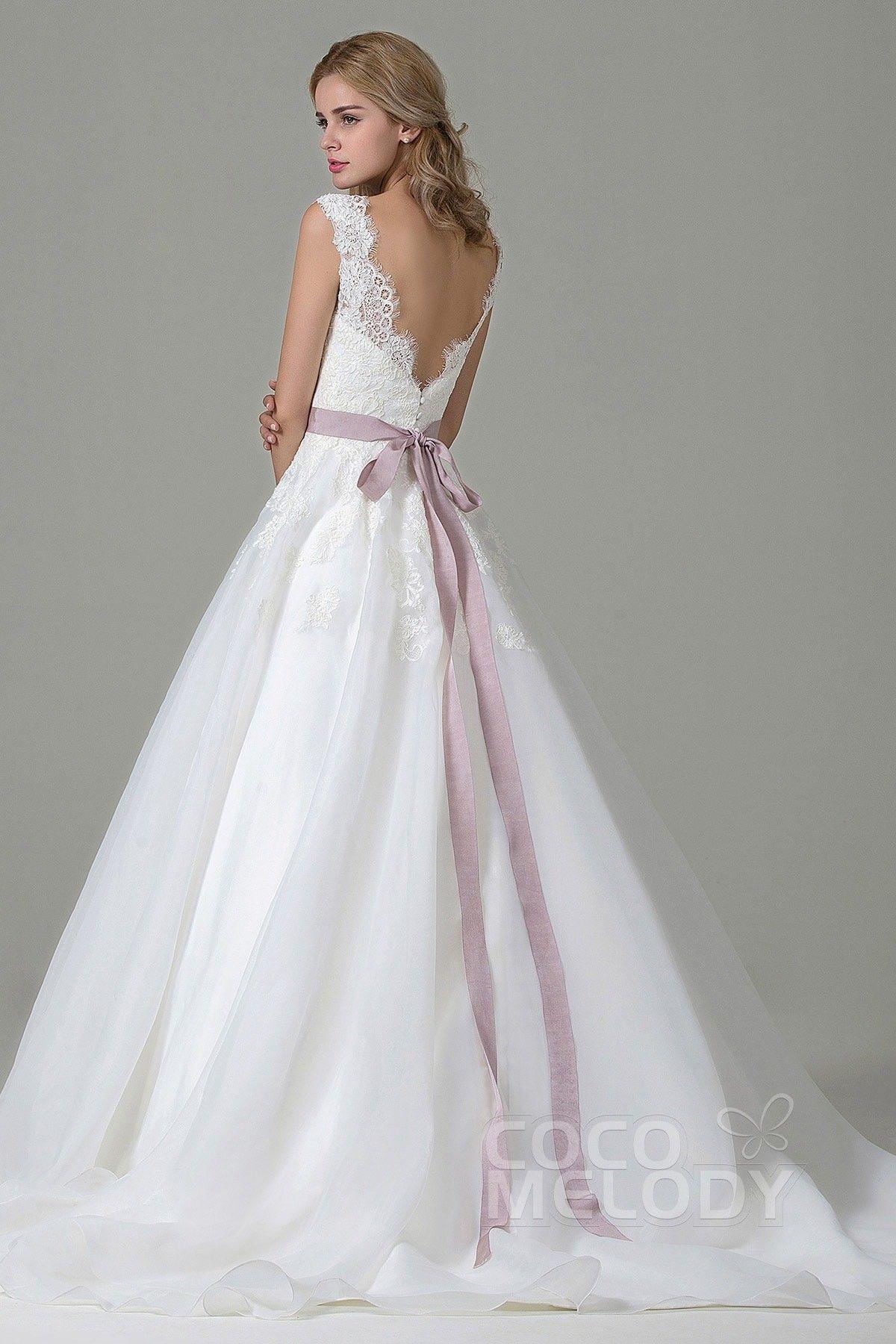 Hochzeitskleid A Linie aus Spitze mit Hofschleppe CWZT
