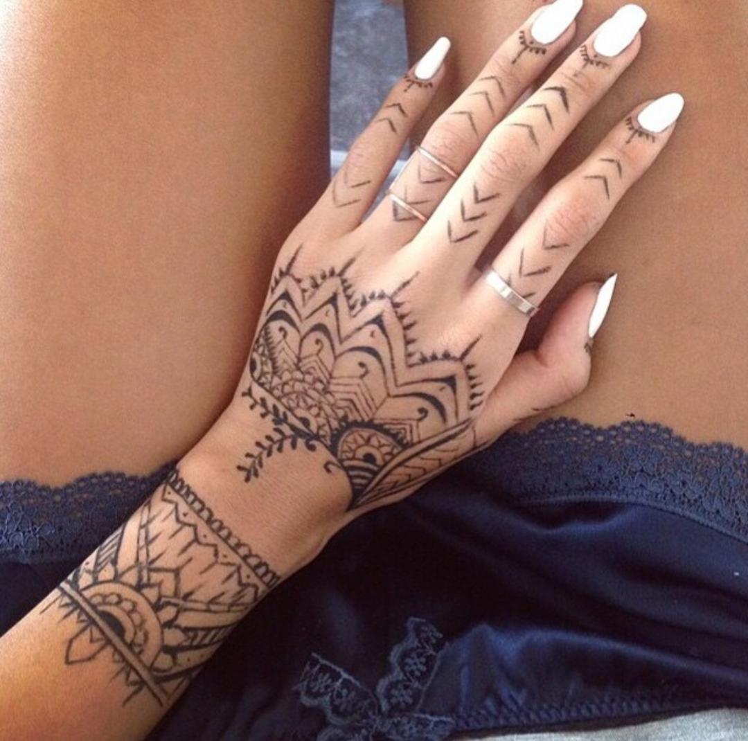 Pin By Ambrosio Castillo Sindy J On Eyelash Eyebrow Nail Care Henna Tattoo Designs Tribal Hand Tattoos Tattoo Designs Wrist
