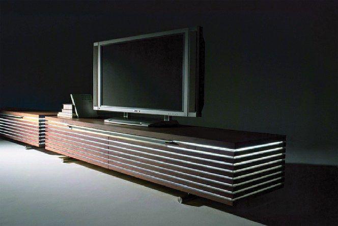 Lowboard design möbel  Das Conde House Tosai Lowboard hat eine indirekte Beleuchtung die ...