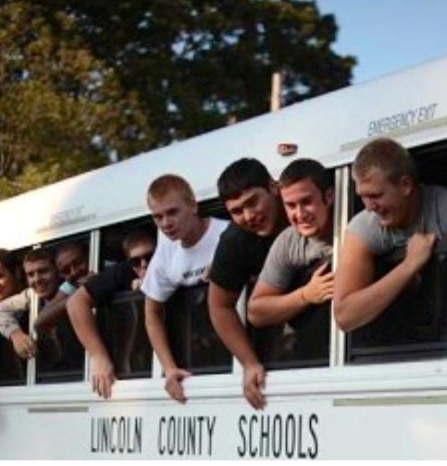 WL football players! | Football players, Lincoln county