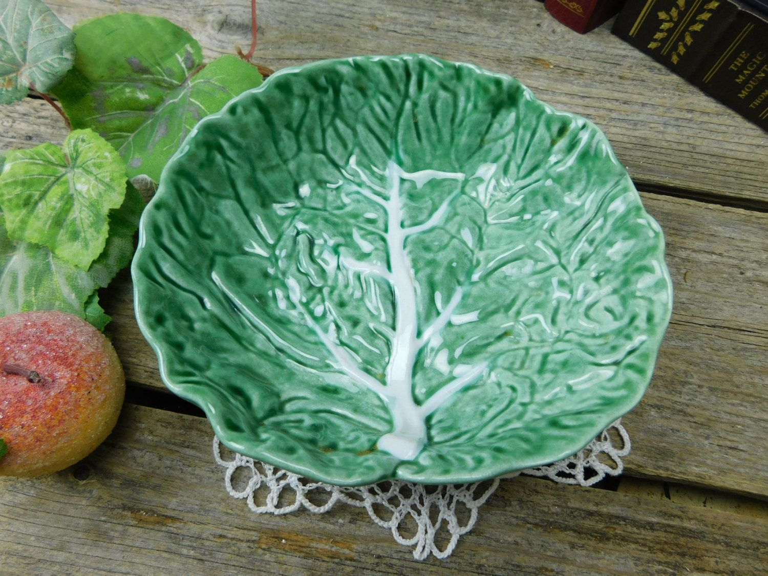 Vintage Larger Bordallo Pinheiro Lettuce Leaf Cabbage Leaf Bowl - Portugal & Vintage Larger Bordallo Pinheiro Lettuce Leaf Cabbage Leaf Bowl ...