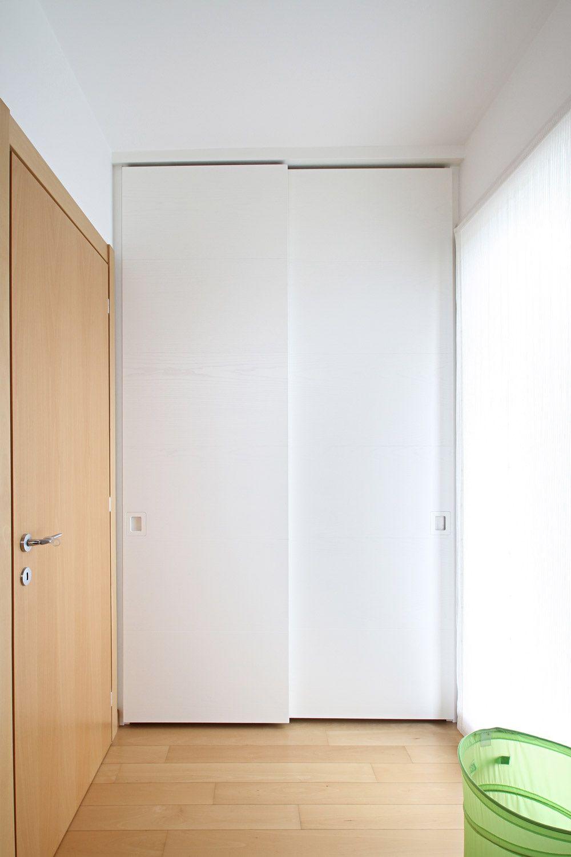 Ambientazione dell\' armadio a muro su misura a 2 ante scorrevoli in ...