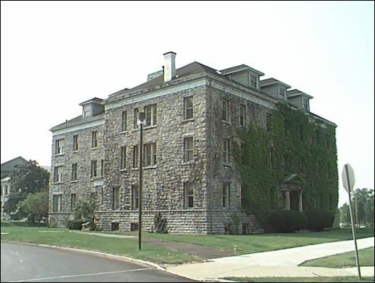 """University of Buffalo - Townsend Hall built in 1903.  We supplied our North Country Semi-Weathering Gray roofing slate (18"""" x 10"""" x 1/4"""" - 3/8"""")"""