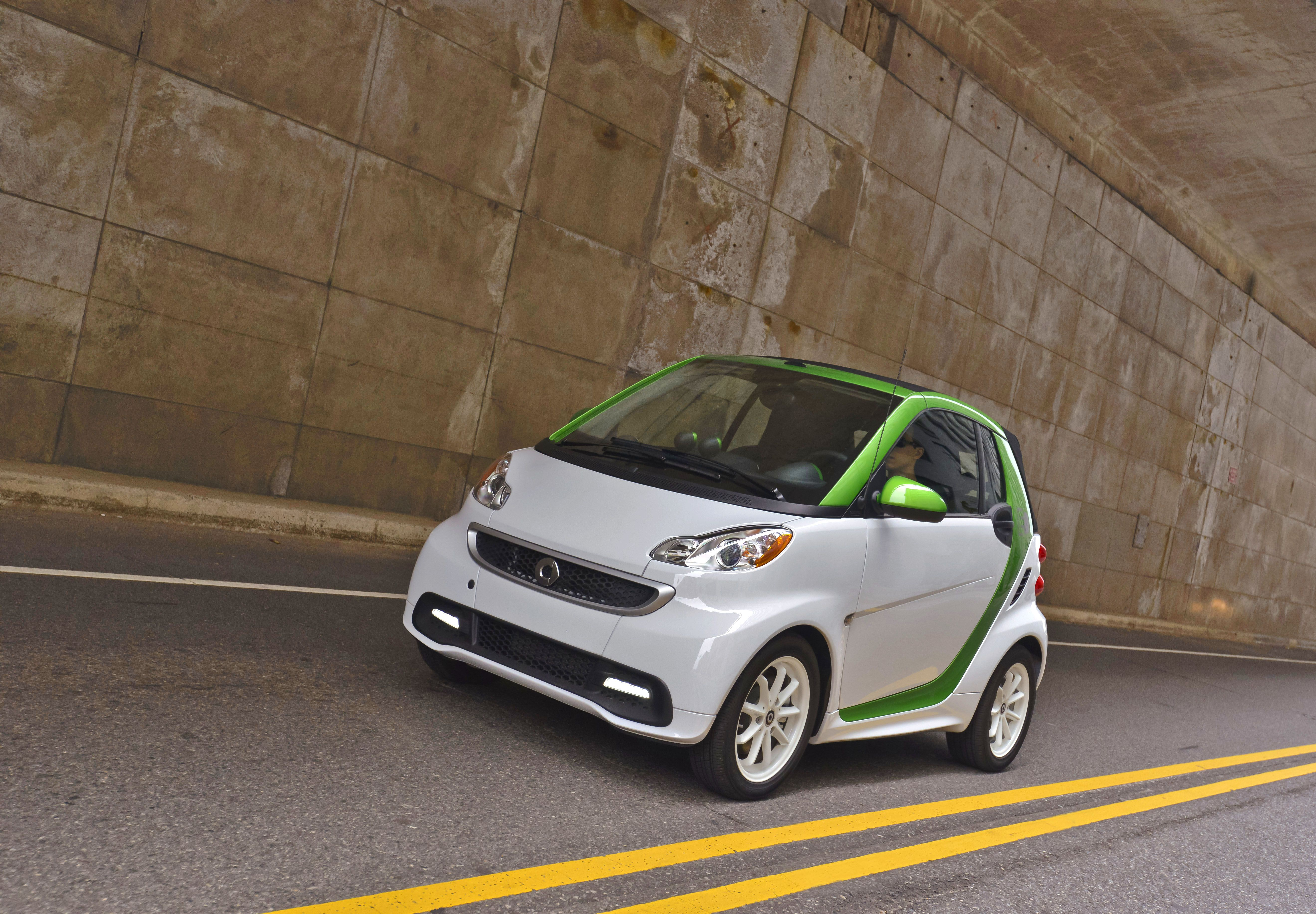 Smart Electric Drive Smart Center Of Roslyn Smart Fortwo Smart Car Smart