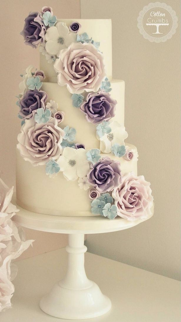 Lovely Wedding Cakes With Sugar Flowers Gallery