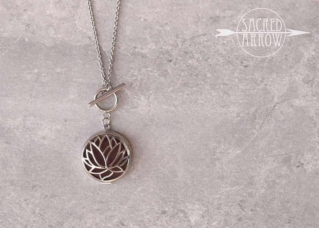 """32"""" Stainless Lotus Toggle Diffuser Necklace"""