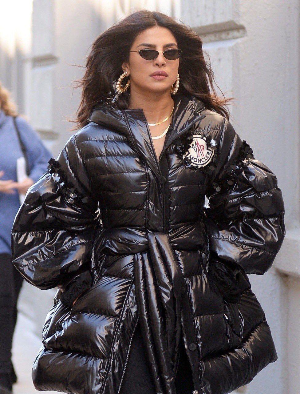 chrissykia in 2019 Fashion, Winter fashion, Moncler