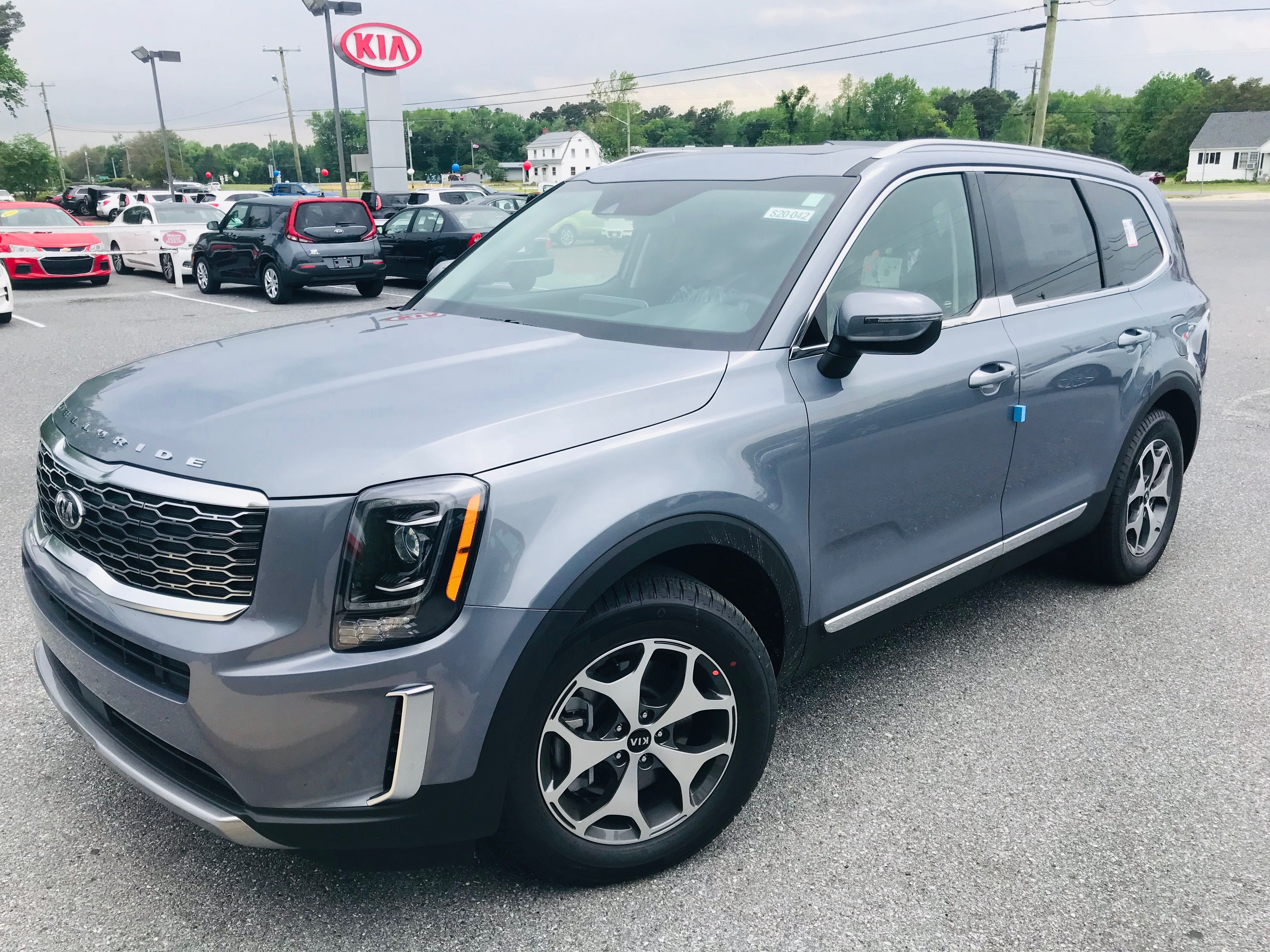 Fresh off the boat this 2020 kia telluride just arrived