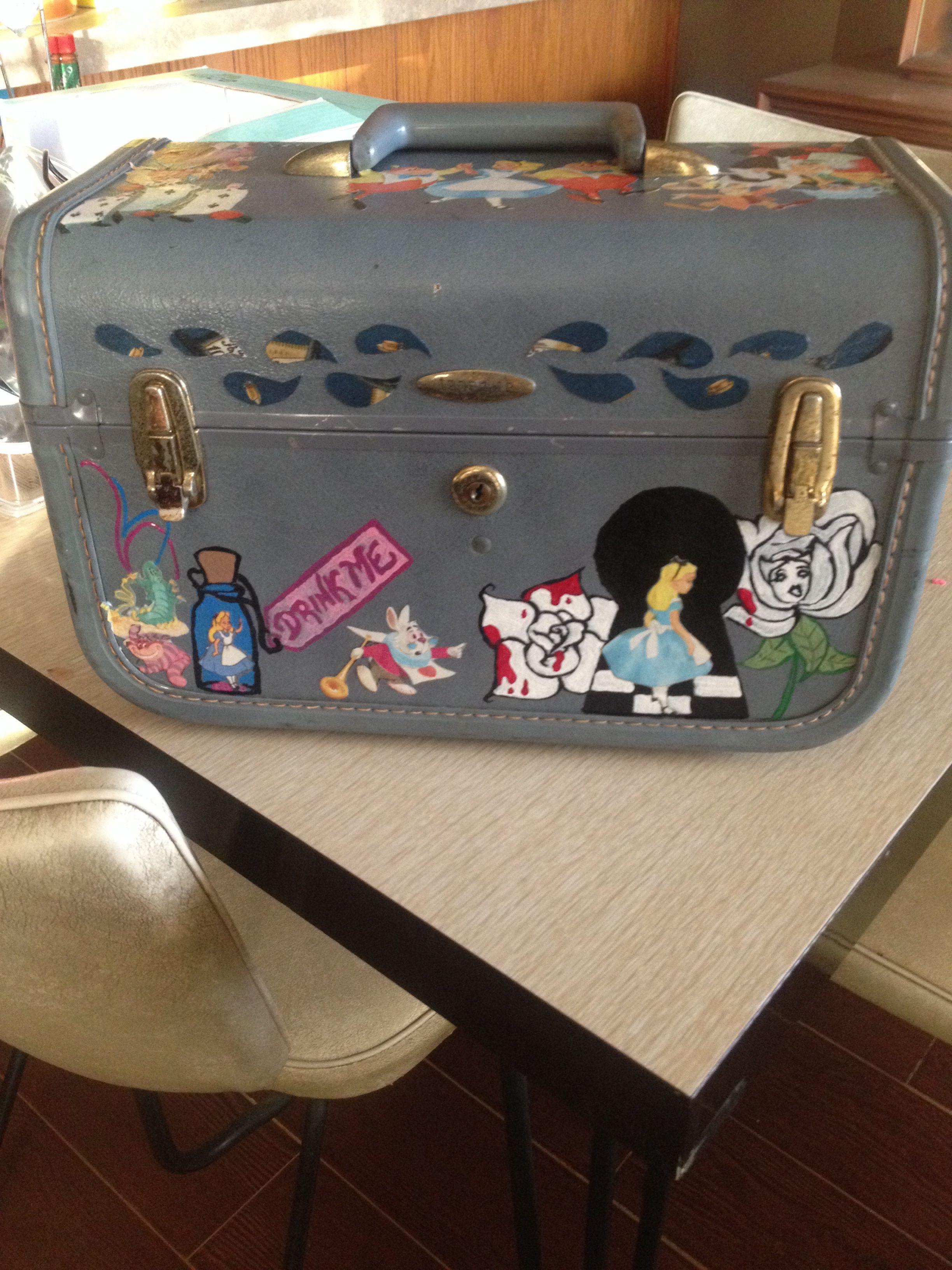 Alice train case