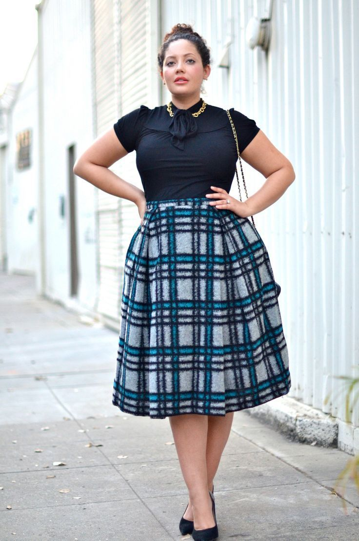 bb2a45d651a Look Amazingly Stylish In Plus Size Skirts!