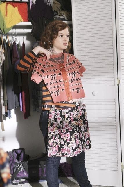 Jane Levy in Suburgatory Seriously I want her entire wardrobe.
