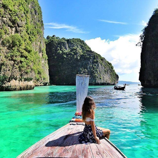 Thai Island Koh Phi Phi: Location: Phi Phi Island, Thailand 📷Photo Via: @chloe