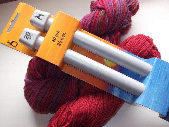 Pony Plastic Knitting Pins// Knitting Needles 40cm long 20mm