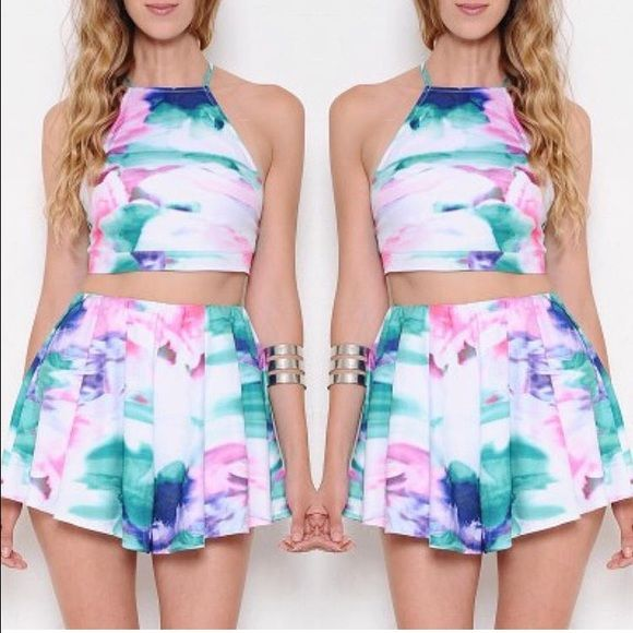 a49d4422a9 Beautiful L'ATISTE by Amy set. Short and crop top Beautiful L'ATISTE by Amy  set. Like new .. Used twice L'atiste Shorts