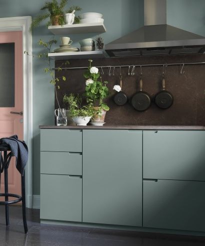 Dusty Pink And Mint Green In The Kitchen Coco Lapine Design Kitchen Inspirations Kitchen Remodel Small Mint Green Kitchen