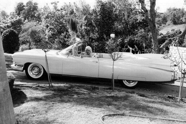 Jayne mansfield and her 1959 cadillac eldorado biarritz