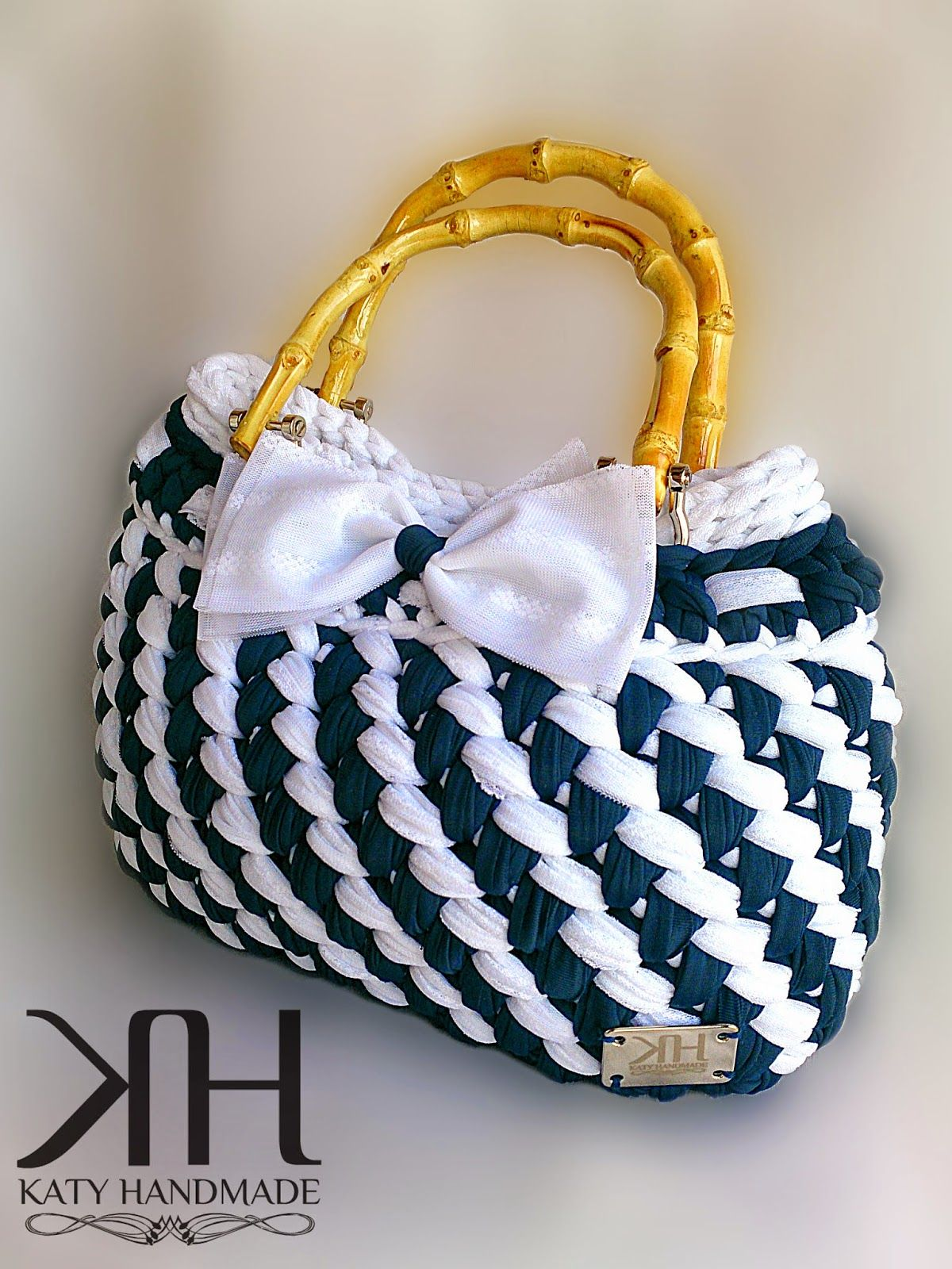Knit crochet bags do-it-yourself workshop with photo and video