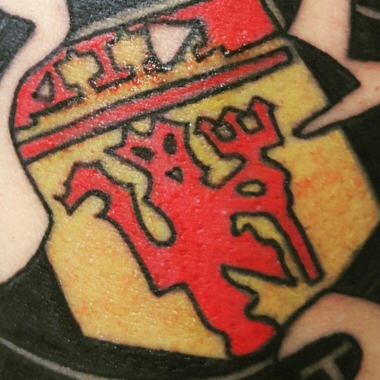 Manchester United Shield By Daisylutattoo Www Brooklyn Bodyartsoul Com Soul Tattoo Body Art Learn To Tattoo