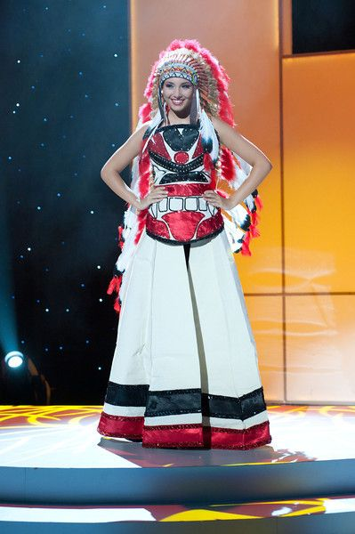 What is the national costume in Canada?