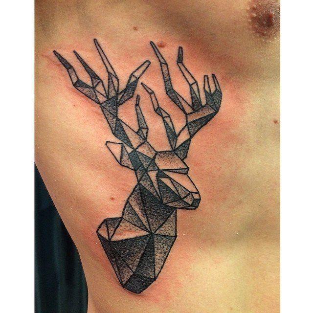 tatouage Cerf Dotwork