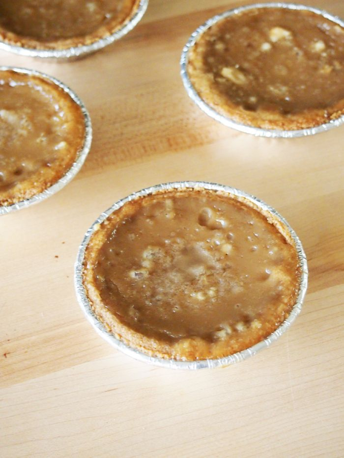 Coffee Sugar Cream Pies #sugarcreampie