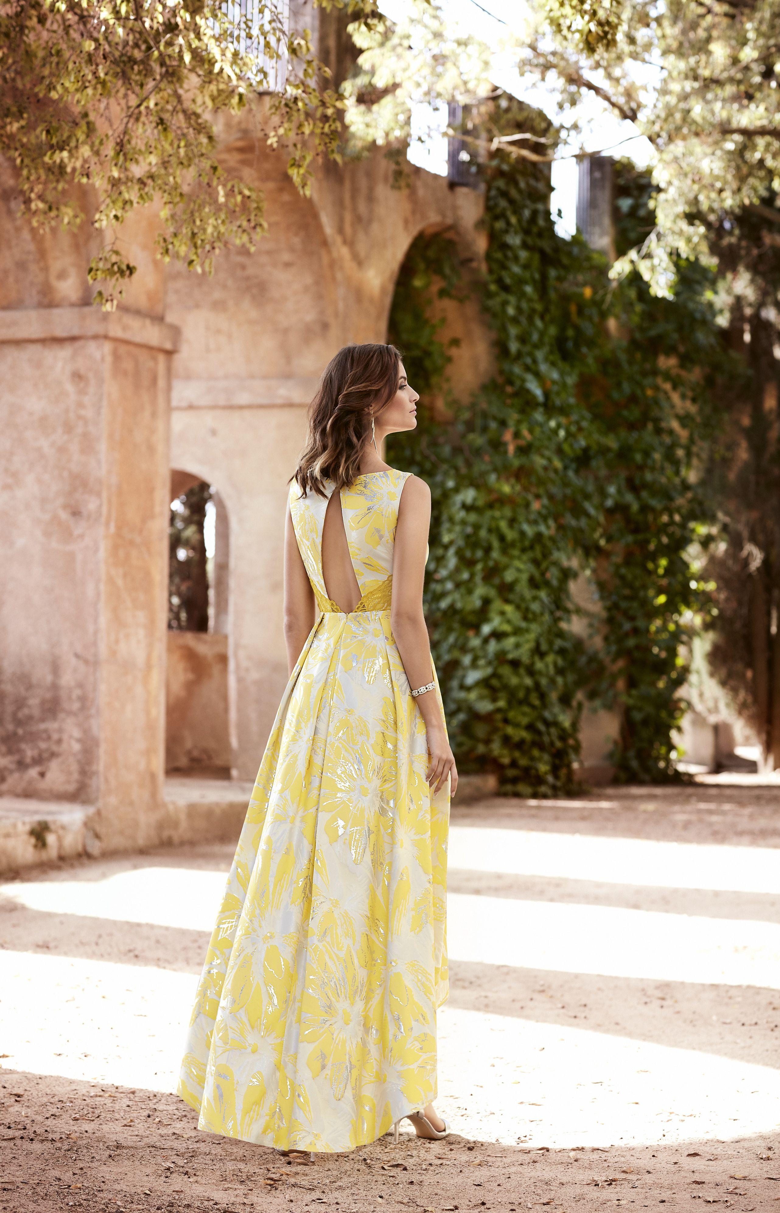 Pin De Alma Azurdia En Vestidos De Fiesta Juveniles Estampados Vestidos Amarillos Largos Vestidos Para Boda En Playa Invitada Vestidos De Fiesta
